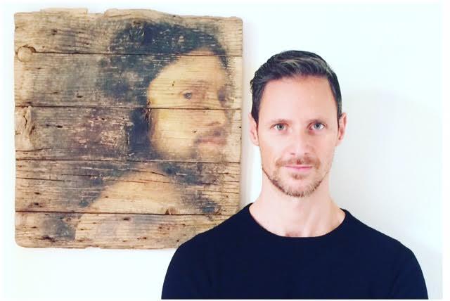 Artista DAN FRAK OPERE SU LEGNO SGUARDI EROSI