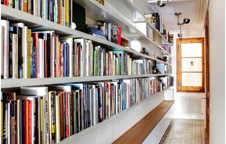 Come arredare un lungo corridoio quello sbagliato for Arredare libreria