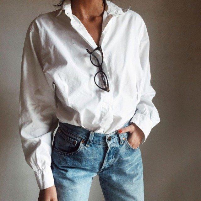 come abbinare camicia bianca