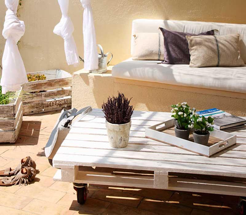 Idee per arredare una terrazza in stile vintage quello for Mobili terrazza