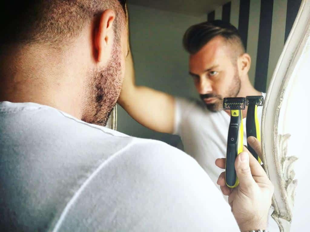 OneBlade philips cura della barba corta