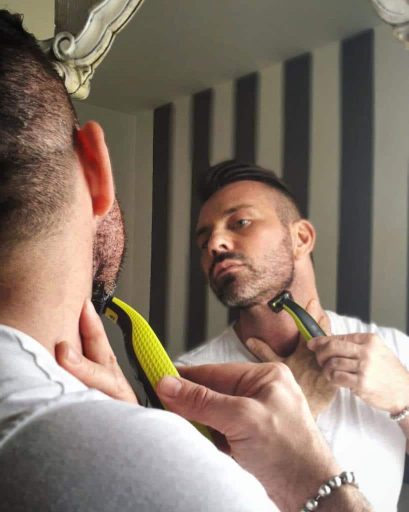beauty routine maschile OneBlade passaggi per la cura della barba corta