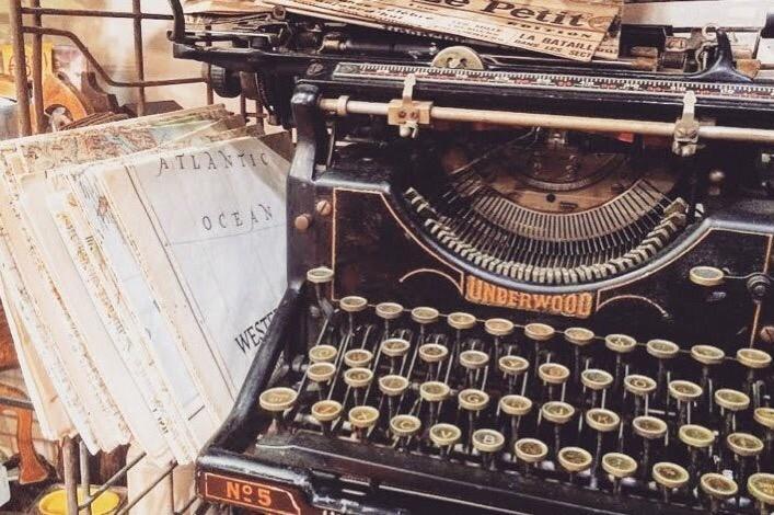 macchina da scrivere vintage blog
