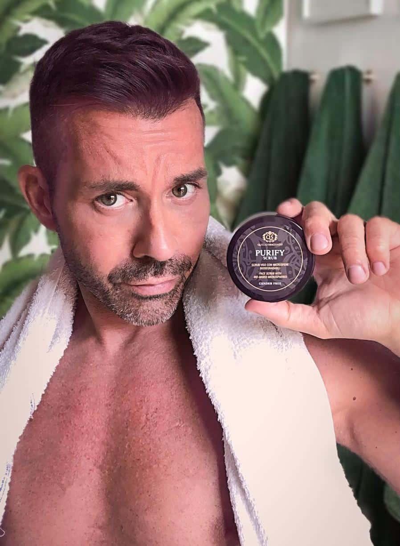 beauty blogger uomo scrub viso uomo cura della pelle migliori prodiotti