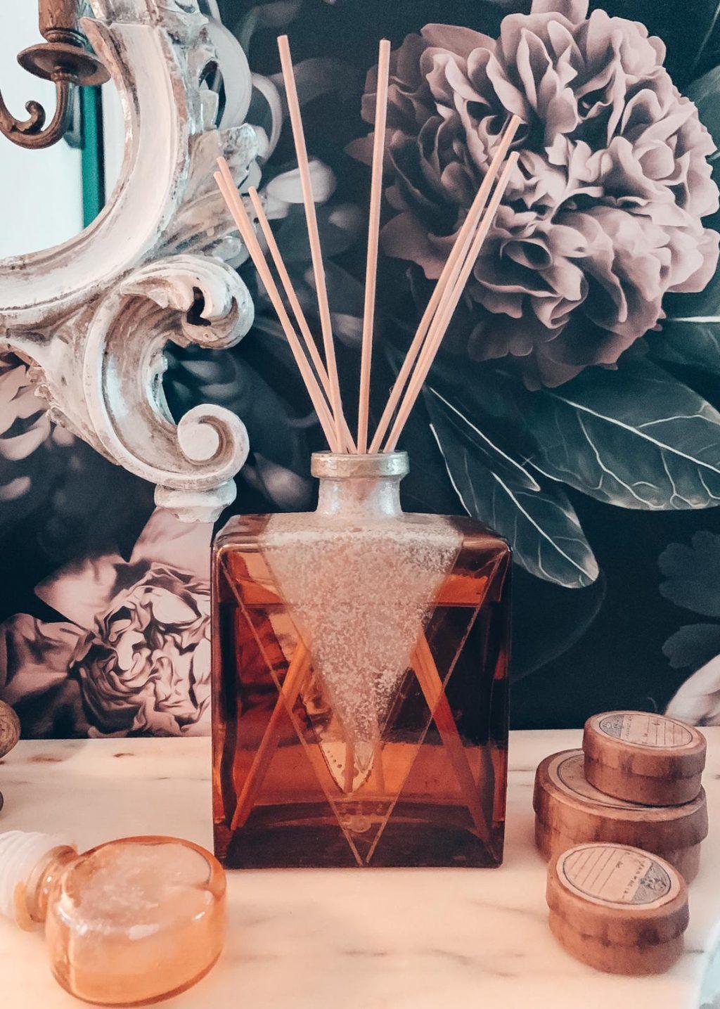 profumatori ambiente per la casa home fragrance di nicchia in bottiglia di vetro con bastoncini naturali legno