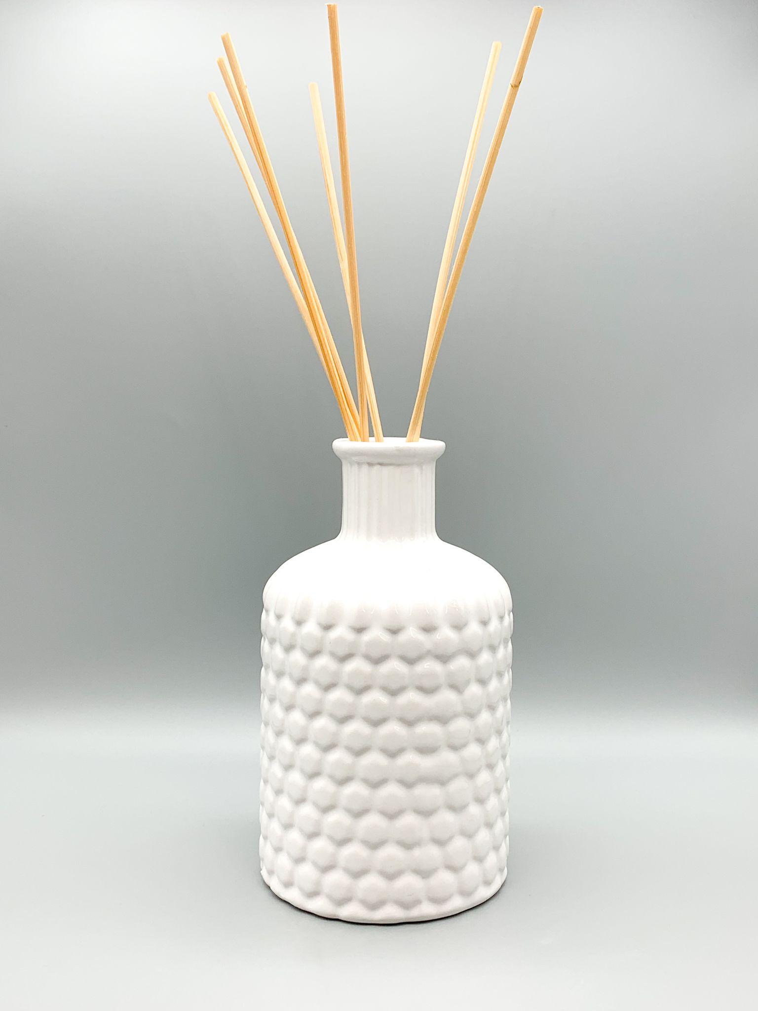 diffusore ambiente bianco in ceramica con ricarica al fico